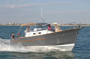 cabin-cruiser intraborda / bimotor / open / de pesca deportiva