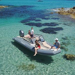 embarcación neumática fueraborda / semirrígida / open / con doble consola