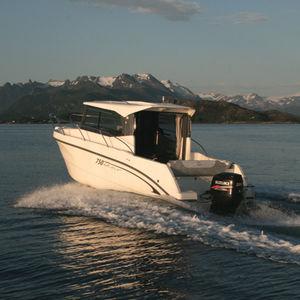 cabin-cruiser fueraborda / con cockpit cerrado / de pesca deportiva / 8 personas máx.