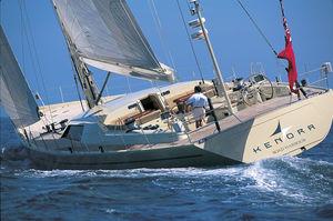 superyate de vela de lujo de crucero / con deck saloon / de carbono / sloop