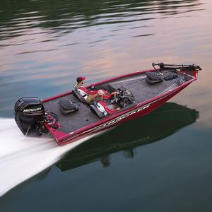 bass boat fueraborda