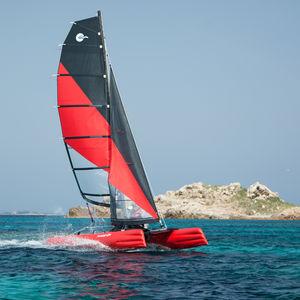 catamarán deportivo hinchable / múltiple / desmontable