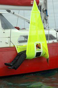 red para bote de rescate / de rescate de hombre al agua
