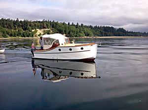 day-cruiser intraborda / fluvial / clásico