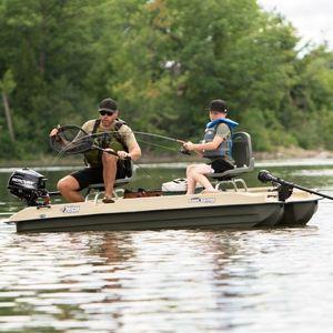 catamarán de remos para la pesca