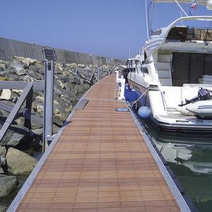 pantalán flotante / de amarra / para puerto deportivo / para barco