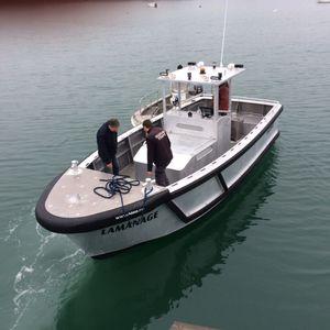 embarcación piloto