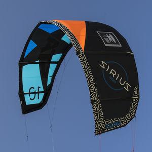 cometa kitesurf C-shape / de freeride / de freestyle
