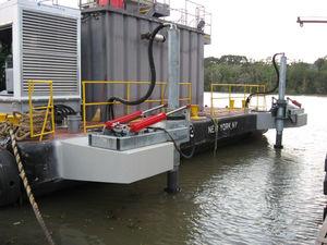 sistema de propulsión para gabarra / montado en puente / con motor hidráulico