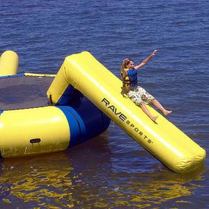 juego acuático tobogán / inflable