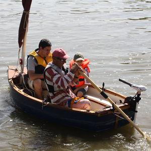 bote fueraborda / de recreo / de fibra de vidrio / clásico