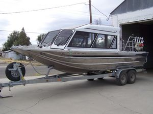 barco de pesca-crucero hidrojet / bimotor