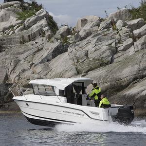 cabin-cruiser fueraborda / con caseta de timón / de pesca deportiva / 7 personas máx.