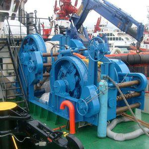 chigre de remolcado / para buque / para remolcador / para maniobrar anclas