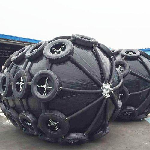 defensa portuaria / para pantalán / para plataforma / cilíndrica