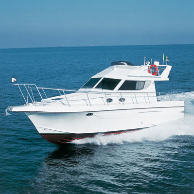 barco cabinado intraborda / con fly / de pesca deportiva / 12 personas máx.