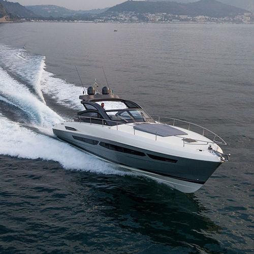 barco cabinado intraborda / bimotor / open / soft-top
