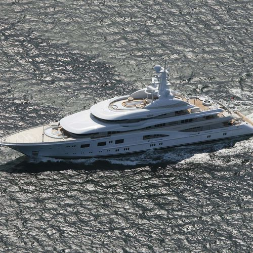 mega-yate de crucero