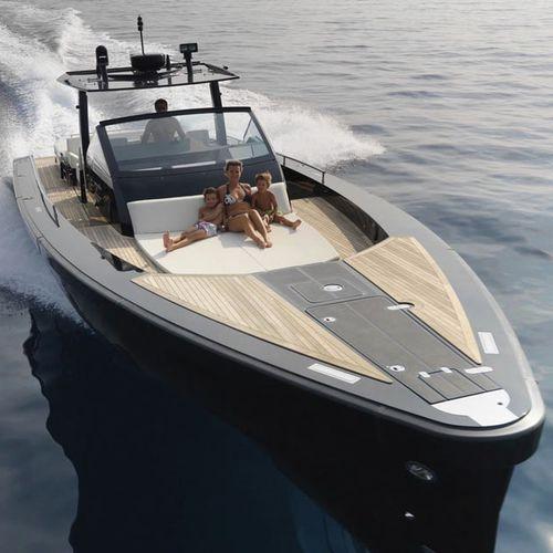 yate a motor de crucero / open / IPS