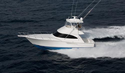 barco cabinado intraborda / con fly / de crucero / para la pesca