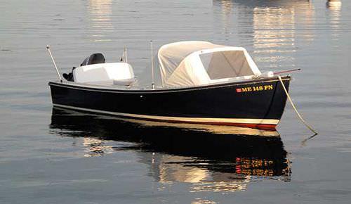 bote fueraborda / clásico