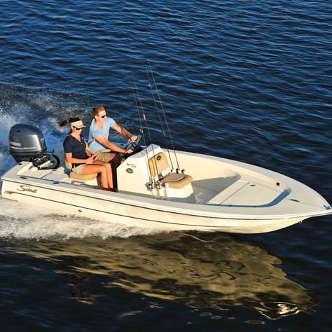 bay boat fueraborda / con consola central / de pesca deportiva / 5 personas máx.