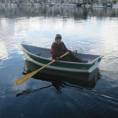 bote tradicional de remos