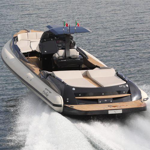embarcación neumática intraborda / semirrígida / con consola central / embarcación auxiliar para mega-yate