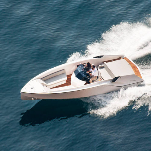 runabout intraborda