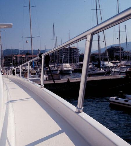 balcón para barco