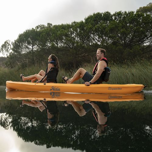 kayak cerrado / rígido / de recreo / de pesca