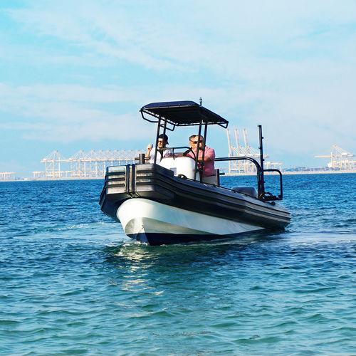 barco de trabajo / fueraborda / embarcación neumática