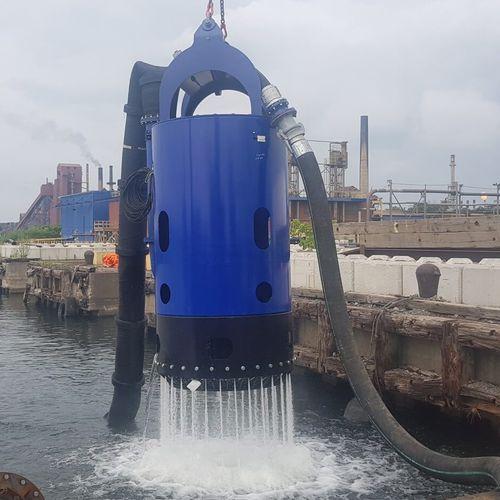 bomba para buque / de dragado / de aguas / de rotor