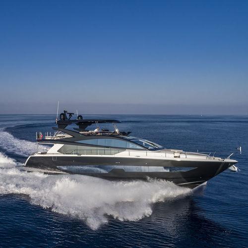 yate a motor de crucero - Pearl Motor Yachts Limited