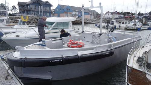 barco profesional embarcación piloto