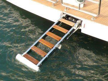 escalera para yate / abatible / de embarque / hidráulica