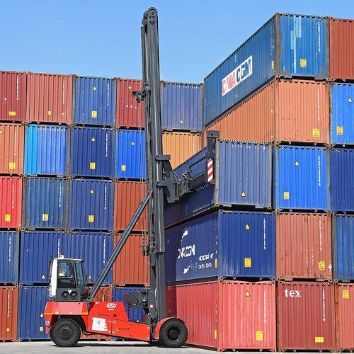 carretilla para contenedores vacía / con spreader lateral
