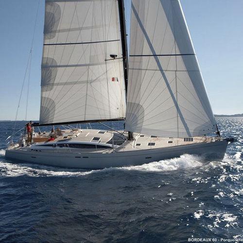 yate de vela de crucero / con popa abierta / semi-custom