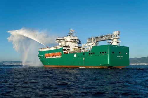 buque de servicio offshore cablero