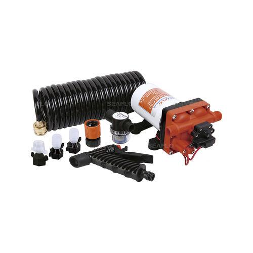 kit con bomba de agua (para limpieza de cubierta de barcos)