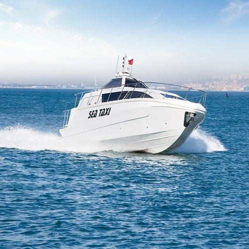 barco profesional barco taxi / intraborda