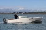 barco cabinado fueraborda