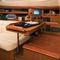 monocasco / de crucero / con deck saloon / con 2 o 3 camarotes