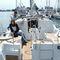 monocasco / de crucero / con deck saloon / con 2 camarotes