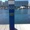 torreta de suministro de agua / de suministro eléctrico / con iluminación integrada / para pantalán