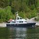 yate a motor de crucero / trawler / con fly