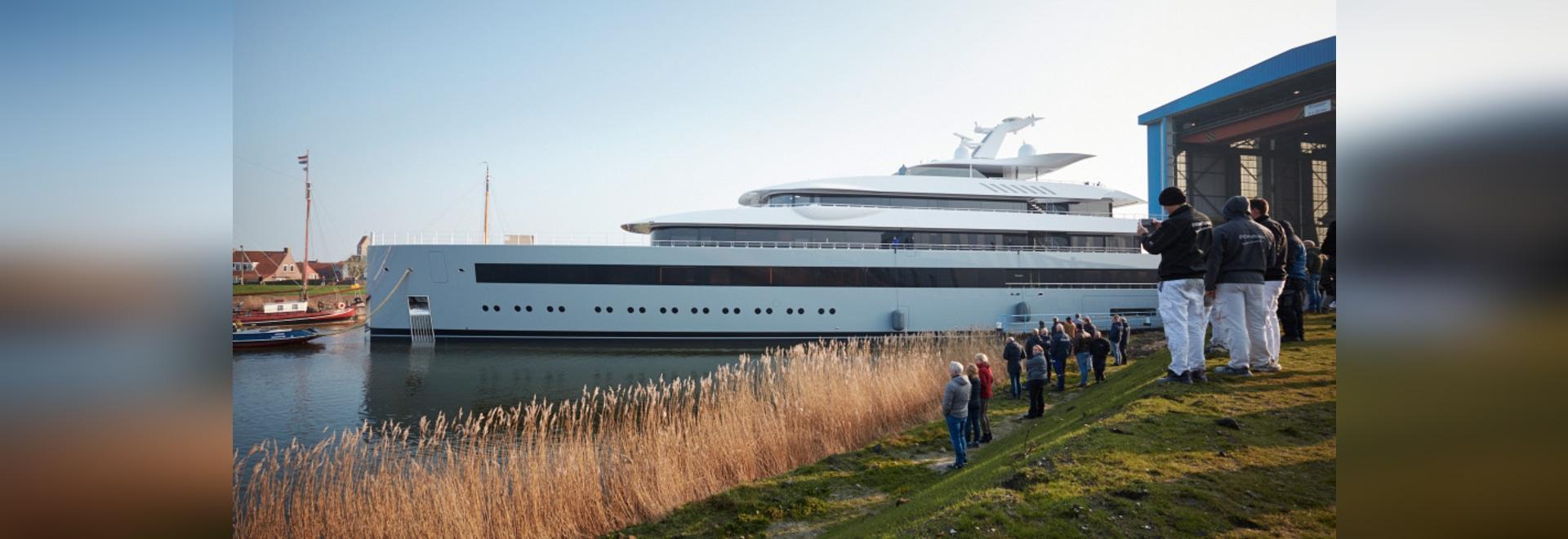 El buque insignia lanza un nuevo superyate de 100 metros