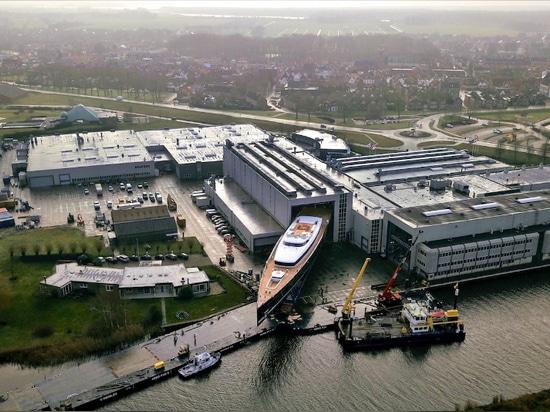 Royal Huisman lanza el Sea Eagle II de 81 metros