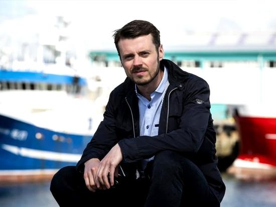 """Karl Birgir, CEO """"Esperamos poder desarrollar una tecnología que haga que los barcos autogestionados sean aún más inteligentes."""""""